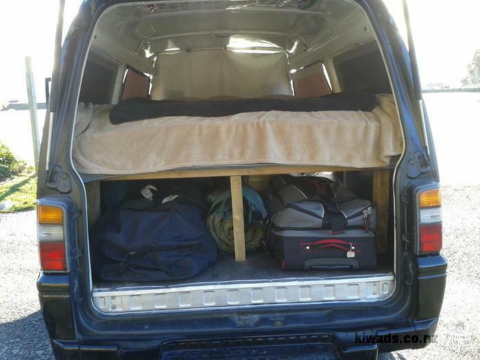 A vendre : Campervan Mitsubishi Delica 215 000kms. Tout équipé, confortable et très fiable