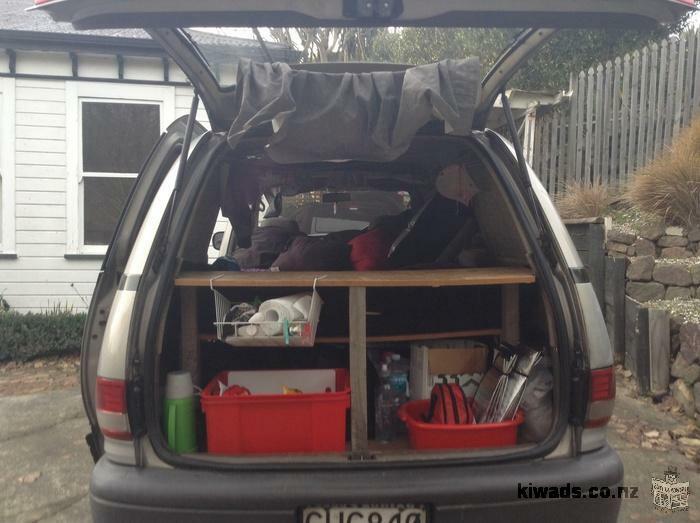 Campervan tout équipé pour backpackers