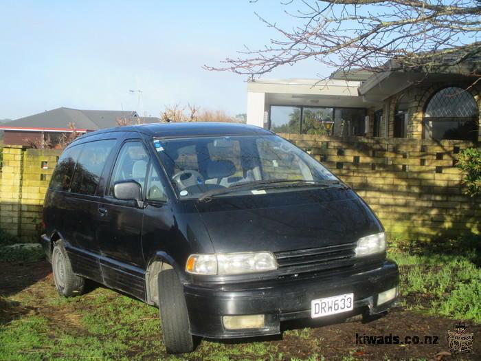 VAN ToYoTa Estima 1997, 180 000 km, Essence, $ 3500